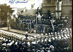 Unveiling-the-Boer-War-Memorial-in-front-of-the-Brunswick-Town-Hall-1906-Moreland-City-Libraries