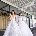 2 brides on street